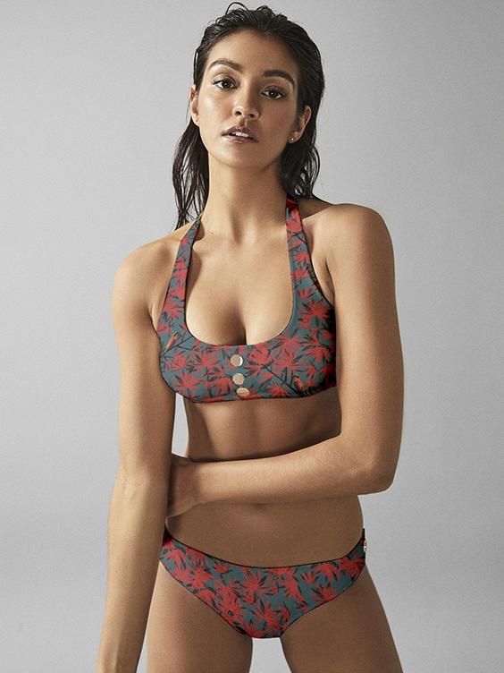 bikini_redflowers1
